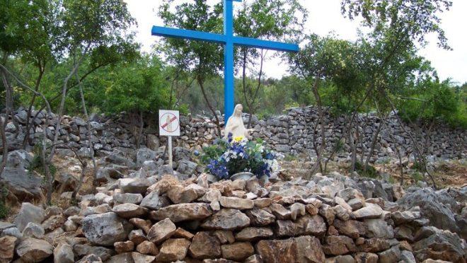 La storia della Croce Blu. Tutto iniziò nell'estate del 1981.